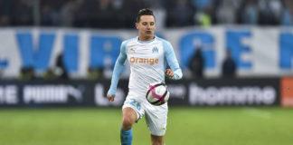 El Valencia se habría retirado de la carrera por Florian Thauvin