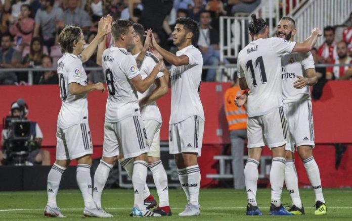 Raphael Varane, Takefusa Kubo y Brahim Díaz operaciones de salida en el Real Madrid